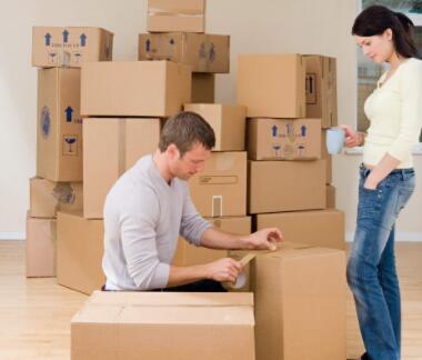 小面搬家租车跟搬家公司比有什么优势?
